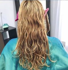 Wet Hair, Long Hair Styles, Beauty, Cosmetology, Long Hairstyles, Long Haircuts, Long Hair Cuts