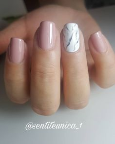 "Sentite Unica on Instagram: ""Semipermanente efecto marmol 💅🤗#nails💅 #nailsofinstagram #uñas #deconailsymas #nailsrosa #argentina #arg #beautiful #love #romantic…"" Classy Nails, Cute Nails, Pretty Nails, Gorgeous Nails, Best Acrylic Nails, Acrylic Nail Designs, Nail Art Designs, Hair And Nails, My Nails"