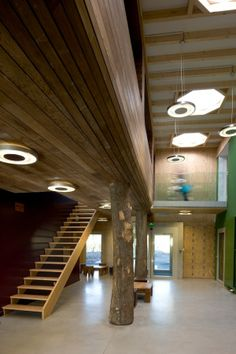 The project is the result of a competition held in 2006 for an Eco Museum, and it includes exhibition spaces, reception and administrative offices, wrapped in a wooden skin.