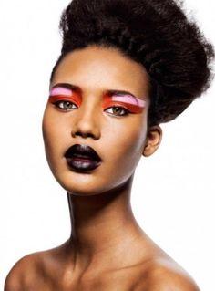 Geometric color-blocking with eyeshadow #makeup #pink