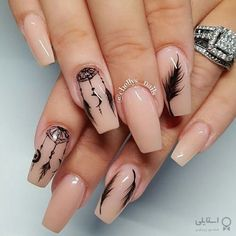 Feather Nail Designs, Nail Art Designs, Feather Nail Art, Pretty Nail Designs, Pretty Nail Art, Nail Art Hacks, Toe Nail Art, Toe Nails, Dream Catcher Nails