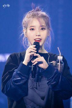 lee ji eun — 191102 Love, Poem Concert in Gwangju Day 1 Cr: 할로윈 Iu Fashion, Korean Actresses, Korean Artist, Korean Celebrities, Celebs, Korean Beauty, Snsd, K Idols, Korean Singer