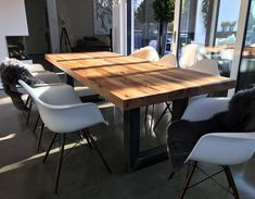 Massivholz Esstische nach Maß von Holzwerk-Hamburg Design Tisch, Outdoor Furniture, Outdoor Decor, Modern Farmhouse, Conference Room, Dining Table, Rustic, Home Decor, Rooms