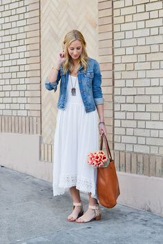 40 Stylish Denim Jacket Outfit Ideas for Spring How To Wear Denim Jacket, Denim Jacket With Dress, Jacket Over Dress, Jacket Style, Classy Outfits, Casual Outfits, Cute Outfits, Fashion Outfits, White Maxi Dresses