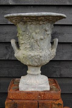 Charlton lead vase for sale on SalvoWEB from Courtyard at Debden Antiques in Essex [Salvo code