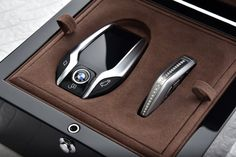 """BMW Individual Presents """"Solitaire"""" And """"Master Class Edition"""" 750Li xDrive"""