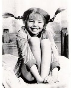Pippi Longstocking by Astrid Lindgren - So many childhood memories Pippi Longstocking, Ideas Conmemorativas, My Childhood Memories, The Good Old Days, Back In The Day, Make Me Smile, The Past, Black And White, Movies
