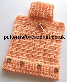 Free Crochet Pattern for hot water bottle cover http://www.patternsforcrochet.co.uk/bottle-cover-usa.html #crochet #patternsforcrochet #freecrochetpatterns