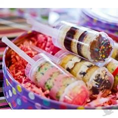 Cake Push Pop Containers (Set of 25) NEW! [GST01 Single Cake Pop Containers] : Wholesale Wedding Supplies, Discount Wedding Favors, Party Favors, and Bulk Event Supplies