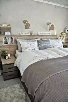 Searching For DIY Headboard Ideas? There are a lot of inexpensive ways to produce an unique distinctive headboard. We share a few fantastic DIY headboard ideas, to motivate you to design your bedroom posh or rustic, whichever you like. Dream Bedroom, Home Bedroom, Bedroom Decor, Bedroom Ideas, Master Bedrooms, Fantasy Bedroom, Bedroom Wall, Decor Room, Bedroom Designs