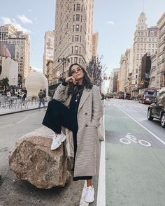 Sunny day in NYC 🇺🇸 Source by winter outfits Winter Outfits For Teen Girls, Winter Mode Outfits, Winter Outfits Women, Cute Fall Outfits, Casual Winter Outfits, Winter Fashion Outfits, Autumn Fashion, New York Outfits, Estilo Fashion
