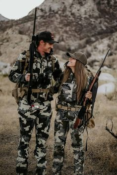 As you proceed down the path on your next pursuit, KUIU will help you maximize your performance, creating new moments with the people that matter to you most. Country Couple Pictures, Cute Country Couples, Cute N Country, Cute Couples Goals, Country Girls, Military Couple Pictures, Hunting Couple, Hunting Girls, Women Hunting