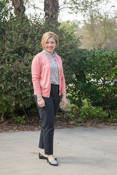 Savvy Southern Chic: Ankle pants for work and a fit tip