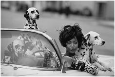 ☆ Naomi Campbell | Photography by Peter Lindbergh | For Vogue Magazine US | June 1990 ☆ #Naomi_Campbell #Peter_Lindbergh #Vogue #1990