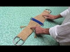 ubraidit.com ~ VIDEO: 27 Strand Roper Cinch Update Part 5—Weaving the Center & Cinch Spreader Use