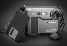 Sony MVC-FD73 Manual User Guide and Product Specification Nikon D70, Still Camera, Best Digital Camera, System Camera, Floppy Disk, Sony Camera, Make Pictures, Photography Camera, User Guide