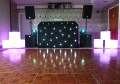 Traditional parquet oak wood dance floor looking super shiny! White Lead, All White, Led Dance, Dance Floors, Wall Lights, Party Ideas, Traditional, Retro, Wood