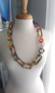 BEHIND THE SCENES on how artist makes colorful layered acrylic chain link necklace