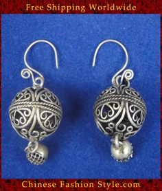 Tribal Silver Earrings Chinese Ethnic Hmong Miao Jewelry #111 Uniquely Handmade http://www.chinesefashionstyle.com/earrings/