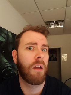 Sjin tweeted this to Ross telling him to teach him how to selfie.