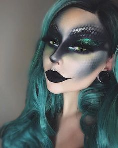 lilpeach - Make Up Medusa Halloween Costume, Dragon Halloween, Halloween Eye Makeup, Medusa Costume Makeup, Sea Witch Costume, Siren Costume, Medusa Make-up, Anime Festival, Dragon Makeup