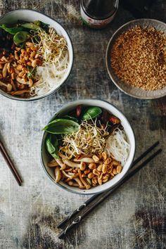 Ázsiai tésztasaláta – Lila Füge