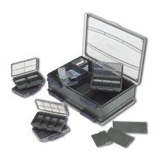 Das F- Box Deluxe Set ist komplett mit integrierten Staueinheiten ausgestattet, die so konzipiert sind, dass in ihnen eine Vielzahl von Zubehörteilen für das Karpfenangeln untergebracht werden...