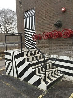 No missing this high visibility Maine Source Dazzle Paint Handicap Ramp ingress and egress from this Maine Source® outlet store. Handicap Ramps, Dazzle Camouflage, Mural Art, Murals, Razzle Dazzle, Car Painting, Painted Doors, Op Art, Installation Art