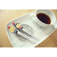N.IVY Penguin loves mev black ballpoint pen 0.5mm (http://www.fallindesign.com/n-ivy-penguin-loves-mev-black-ballpoint-pen-0-5mm/)