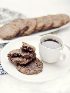 Ciastka thumbprint -świąteczne wypieki-blog kulinarny-codojedzenia.pl French Toast, Blog, Cookies, Chocolate, Breakfast, Crack Crackers, Morning Coffee, Biscuits, Blogging