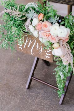 Mr and Mrs Chair Signs  Wooden Wedding Signs  by PaperandPineCo  www.paperandpineco.com www.etsy.com/shop/PaperandPineCo