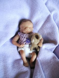 OOAK handsculpted baby girl Lillian and her needle by LorisLittles