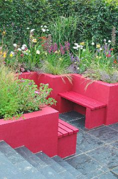 Painting an outdoor scene - Turn raised garden beds