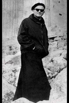 Karol Wojtyla before he was pope. Catholic Art, Catholic Saints, Roman Catholic, Papa Juan Pablo Ii, Pope John Paul Ii, Paul 2, Pope Francis, Holy Spirit, Portraits