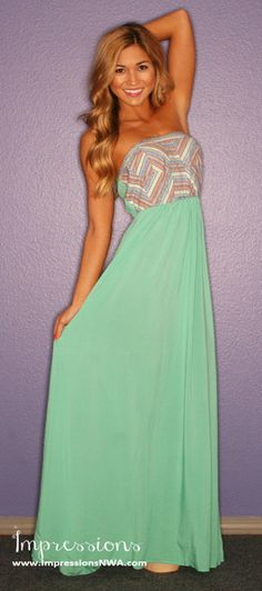 love this maxi would look cute with  sweater