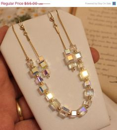 Swarovski Crystal Cube Jewelry Handmade Beaded Jewelry, Swarovski Jewelry, Crystal Jewelry, Jewelry Trends, Jewelry Sets, Beaded Earrings, Beaded Bracelets, Necklaces, Schmuck Design