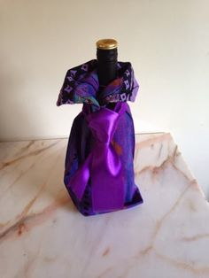 therusty_hen_crafts: Upcycle shirt wine bottle cover