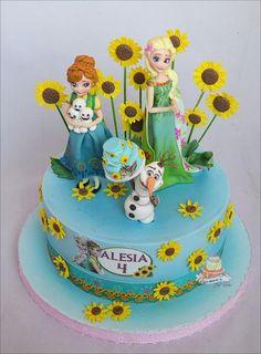 Frozen Fever - Cake by Carmen Iordache Bolo Frozen, Anna Frozen, Torte Frozen, Frozen Fever Cake, Pastel Frozen, Festa Frozen Fever, Frozen Theme, Elsa Birthday Cake, Frozen Birthday Party