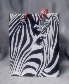 Taška d. Zebra, dárková papírová taška s motivem zebry