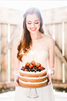 4th of July wedding cake // photo by Julie Lim Photographer