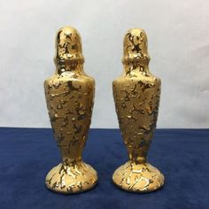 Golden-Tall-Hand-Painted-Hollywood-Glam-Oscars-Salt-and-Pepper-Shakers-Vintage