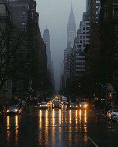 """manhattan-forever: """" manhattan-forever: """" Romantic Lexington Ave under rain at…"""