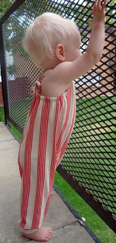Feather's Flights {a creative, sewing blog}: Striped Overalls: Even I Make Mistakes
