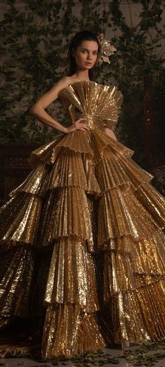 Fashion Themes, All Fashion, Couture Fashion, Vintage Fashion, African Lace Styles, Italian Beauty, Georges Hobeika, Vintage Couture, Designer Gowns