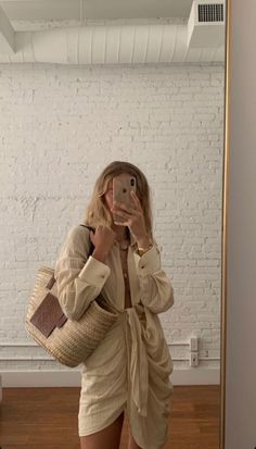Beige Aesthetic, Aesthetic Fashion, Look Fashion, Daily Fashion, Classy Outfits, Trendy Outfits, Cute Outfits, Fashion Outfits, Athleisure
