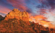 Love the beautiful red rock sunsets of Sedona, Arizona. What a great place to get married! www.sedonaweddingmagazine.com