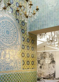 Intricate Moroccan Zellij tiling. Amazing how Moroccan elements can blend in with any type of decor.