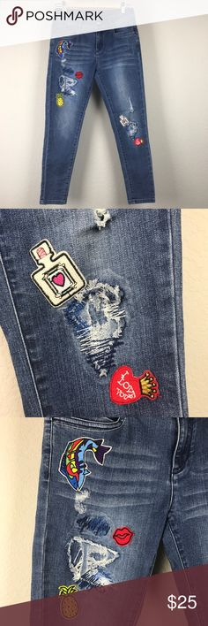Drunk in Love sequin patch skinny ankle jeans EP blue denim stretch skinny crop ankle jeans with patches and embroidery including a Beyoncé Drunk In Love patch that needs resewing on left side. Patches are very on trend for Fall, add more of your own to personalize! Jeans