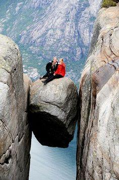 Kjeragbolten in Norway