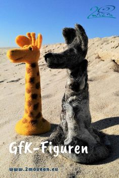 Die Symbol-Tiere der Gewaltfreien Kommunikation, mit Liebe von Hand mit der Nadel gefilzt - auch individualisiert auf Bestellung. Wolf, Giraffe, Animals, Felting, Animales, Store Windows, Purchase Order, Felt Giraffe, Animaux